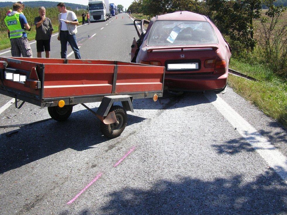 Tragická dopravní nehoda mezi Úlibicemi a Konecchlumím.