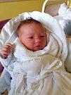 Ondřej Zajíček se narodil 4. dubna s mírou 49 cm a váhou 3,31 kg. Radost mají rodiče Alice a Josef Zajíčkovi. Doma už čeká dvouletý bráška Matěj. Foto: archiv rodiny
