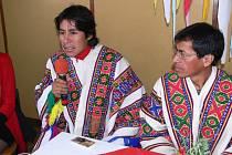 Z návštěvy Peruánců v novopacké střední škole.