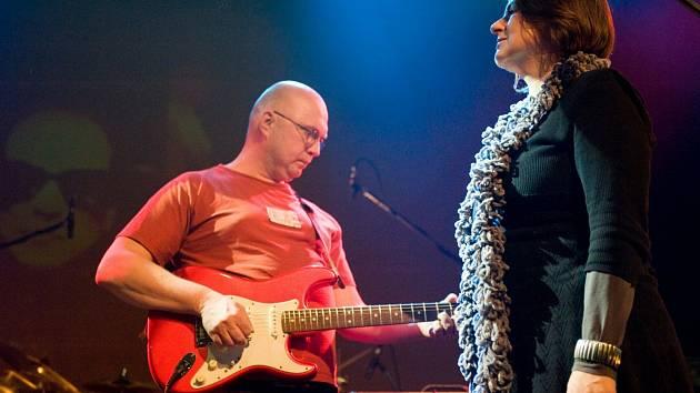 Velvet Underground Revival Band.