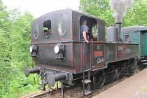 Parní lokomotiva v Nové Pace.