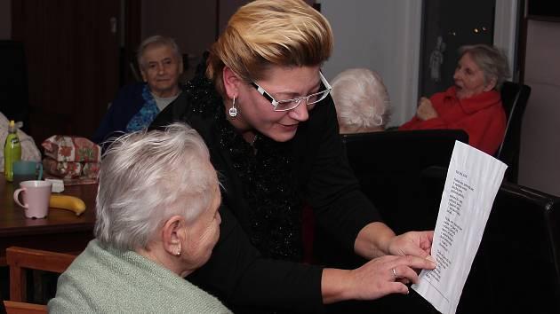 Dětenice - domov pro seniory - předčasný Štědrý den.