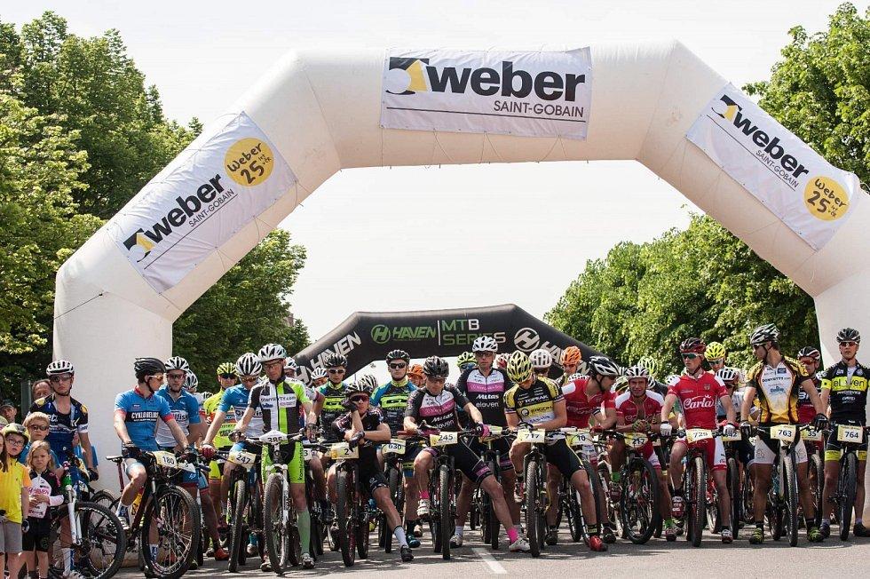 Start Weber JC50 na Lidickém náměstí vJičíně.