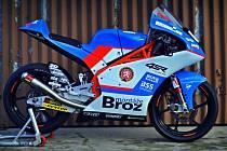 Mistrovský stroj. S tímto motocyklem bude jezdit Filip Salač juniorské mistrovství světa.