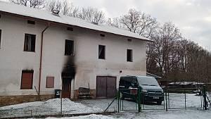 Ve vyhořelém domku v Libuni našli hasiči mrtvého