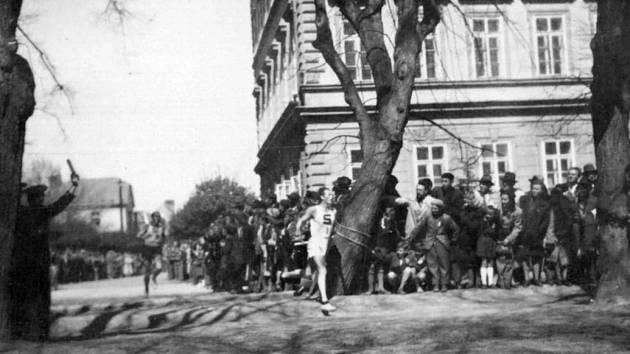 Z historie jičínské atletiky.