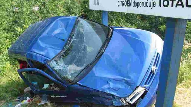 Dopravní nehoda u Kumburského Újezdu.