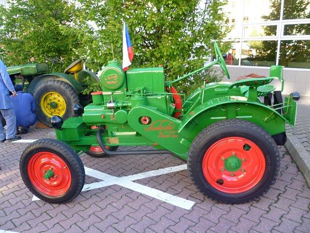 Traktory Svoboda.