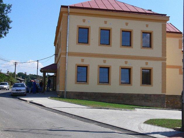 Ve Dřevěnici byla dokončena rekonstrukce polyfunkčního domu.