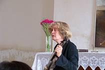 Z koncertu Jany Lewitové v hořické synagoze.