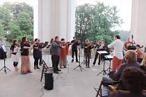Turnovské orchestrální sdružení koncertovalo ve Valdštejnské lodžii.