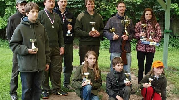 Nejúspěšnější střelci si odnesli poháry a medaile.