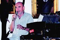 Martin Kratochvíl s Jazzem Q zahájil sérii jičínských koncertů.