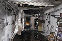 V areálu průmyslových podniků v Libuni způsobil požár milionové škody.