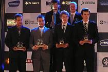 Václav Fejfar (zcela vlevo) převzal na Žofíně Zlatý volant.