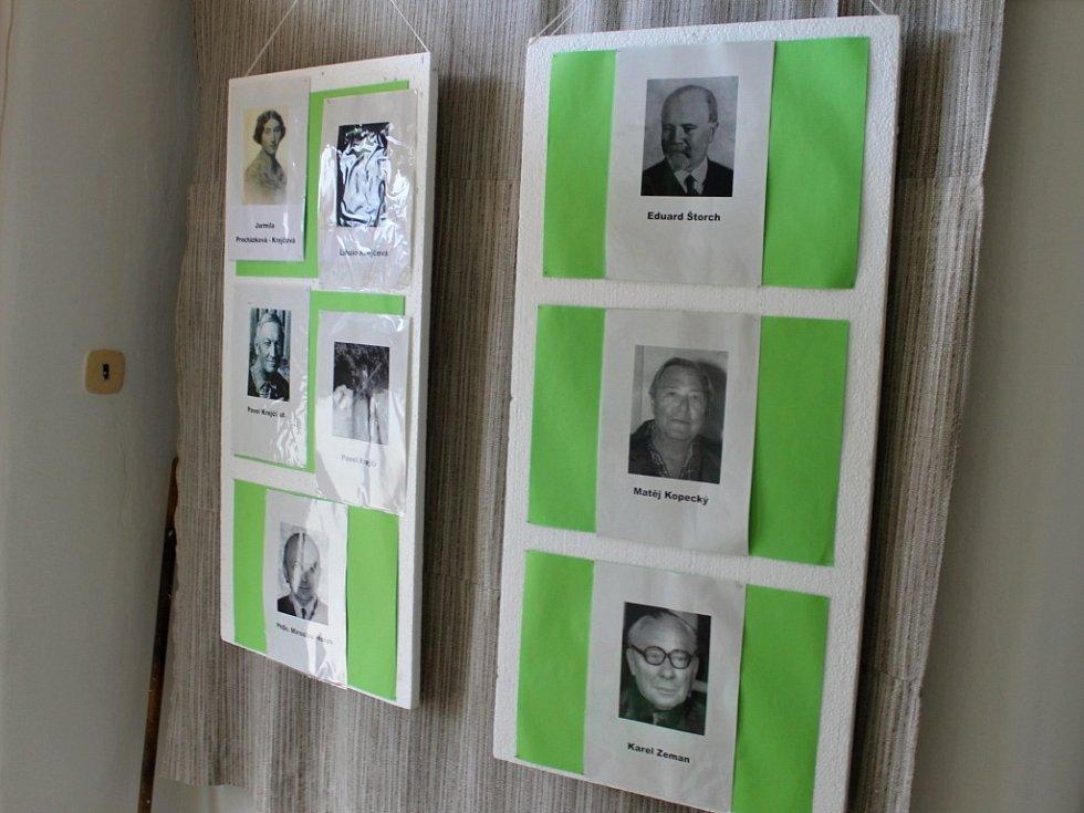 Muzeum Eduarda Štorcha v Ostroměři a dalších rodáků.