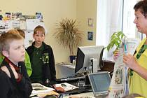 Návštěva bělohradských žáků v naší redakci.