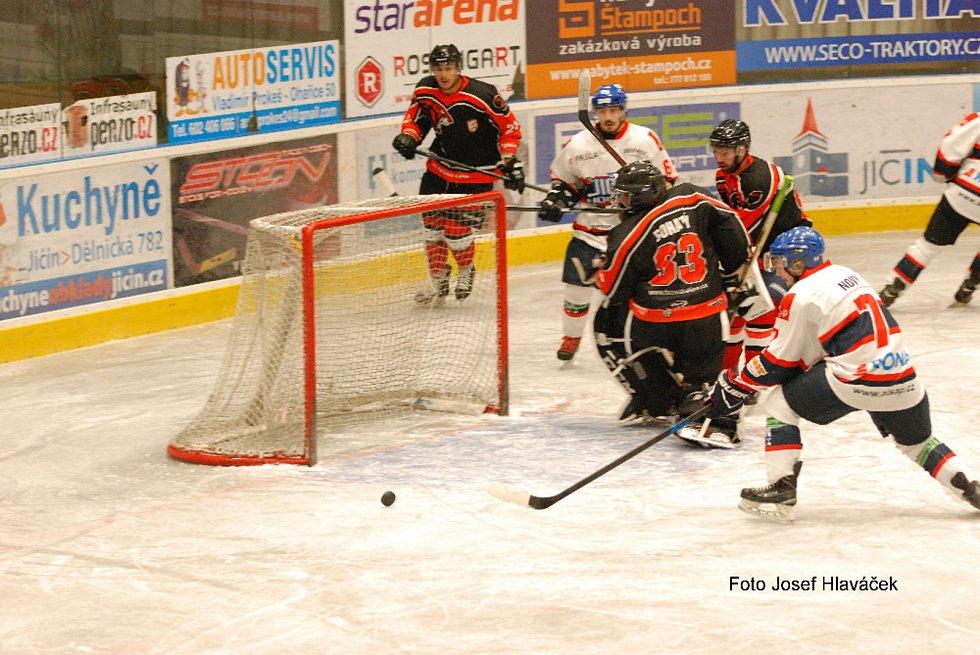 Liberecká hokejová liga: Jičín - Česká Lípa 7:2.