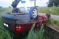 Nehoda opelu u Dolan.