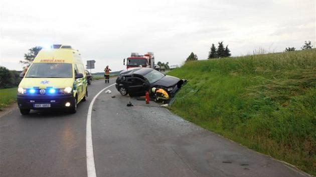 Dopravní nehoda u obce Černín na Bělohradsku.