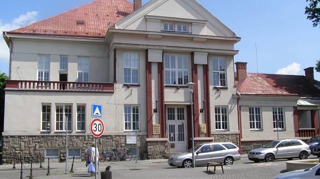 V Jičínské knihovně vyhlásí nejlepší knihovnu okresu.