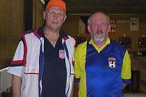 Dva zástupci jičínského okresu na mistrovství republiky veteránů, vlevo Václav Gottštein (TJ Nová Paka) a Vladimír Pavlata (SKK Jičín).