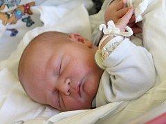 Michal Jirák se narodil 20. listopadu rodičům Marice Jirákové a Michalu Lorenčíkovi. Po porodu měřil 50 cm a vážil 4,17 kg. Šťastná rodina bydlí ve Starém Místě, kde se na bratříčka těšila šestiletá Karolínka.