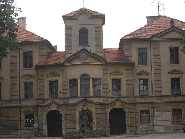 Zámek vLázních Bělohrad.