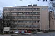 Budova bývalého ARiSu v ulici 17. listopadu.