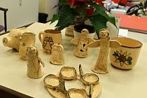 Dárky pro čtenáře - předplatitele: keramika ze stacionáře Kamarád.