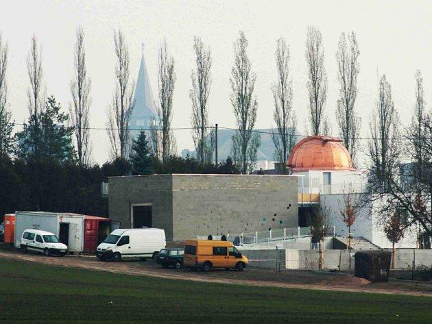 Jičínská hvězdárna po rekonstrukci.