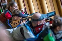 Manušice střelba malorážka vzduchovka střelecký klub zbraň sport