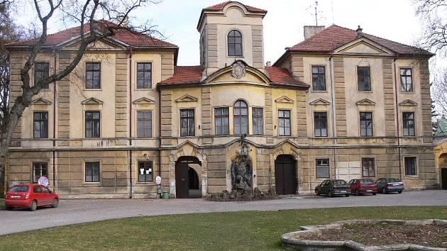 Budova bělohradského zámku.