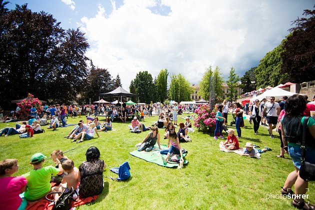 Food festival v jičínském parku.