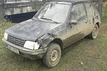 Vozidlo, původně určené na náhradní díly.