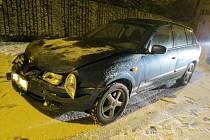 Nehoda nissanu v Kopidlně.