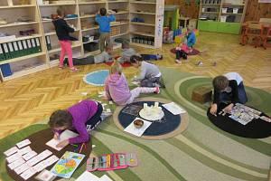 První třída v Montessori škole v Hořicích.