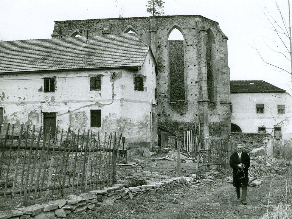 JAROSLAV WAGNER na svém studijním pobytu v Římě. Itálie v roce 1965.