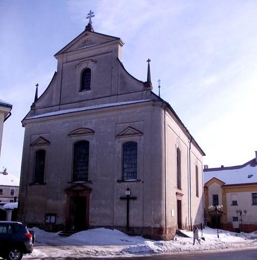 Kostel sv. Jana Nepomuckého v Libštátě.