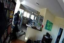 Zásah policistů v domě v Nové Pace.