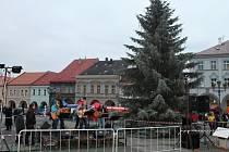 Začátek adventu v Jičíně a rozsvěcení vánočního stromu.