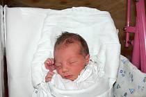 VÍTEK se narodil 8. listopadu s váhou 3,15 kg a mírou 48 cm. Rodiče Klára a Ondřej Snopkovi bydlí v Blatech a doma na bratříčka už čekal pětiletý Jáchymek.