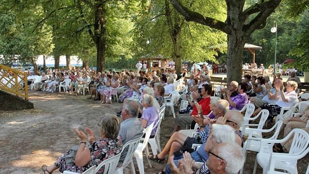 Z bělohradských koncertů Bažantnice ještě žije.