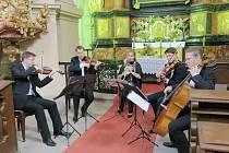 BENNEWITZ QUARTET s klarinetistkou Ludmilou Peterkovou hrál v kostele nejsvětější Trojice v Kuksu.