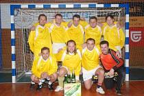 Vítěz Hanuš Team se představil ve slušivých žlutých dresech a soupeřům nastřílel jedenadvacet branek.
