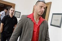 Pornoherec Robert Rosenberg u soudu.