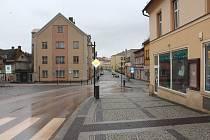 Nová Paka: Prázdné ulice, parky i náměstí