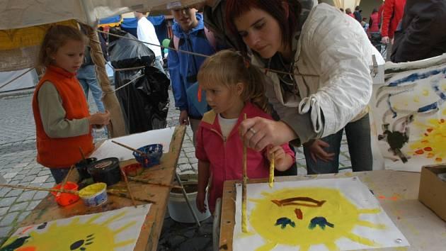 Tvůrčí činnost během jičínského festivalu.