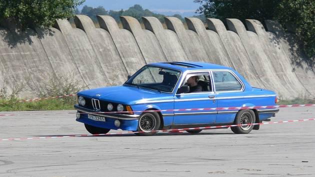 Zajímavé kousky ze srazu BIG BMW Hoškovice 2007.