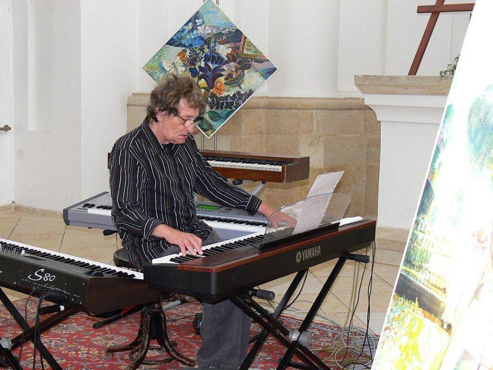 Koncert Mariána Vargy v kostele v Metličanech.